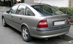 OPEL VECTRA B hatchback (38)